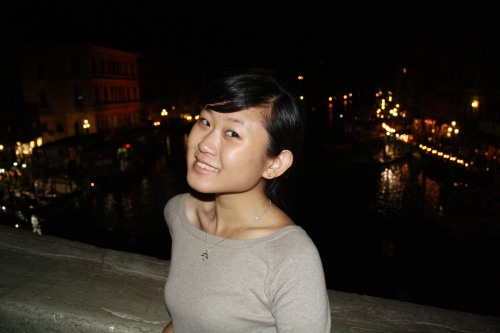 looking gross on the rialto bridge :)